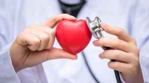 Descubra a hora certa para procurar o cardiologista