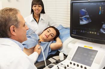 Qual a diferença entre eletrocardiograma e ecocardiograma?