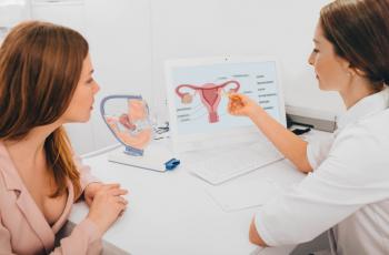 Entenda como prevenir o câncer do colo do útero